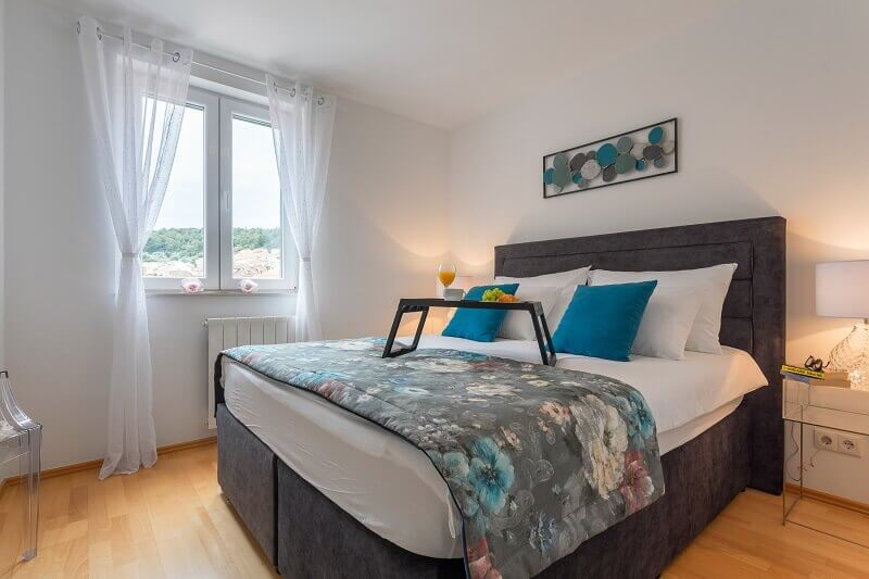 hvar croatia apartments,best relaxing colors for bedroom,relaxing scents for bedroom,calming colors for bedrooms,soothing scents for sleep,