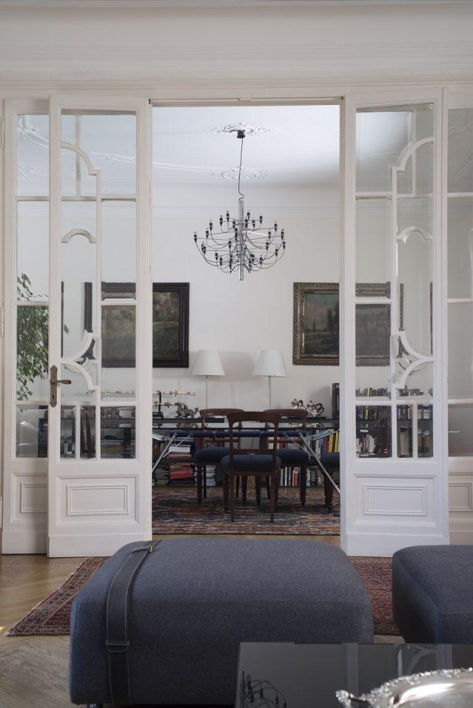 Apartment Design Ideas   Antique Furniture Meets Modern Design