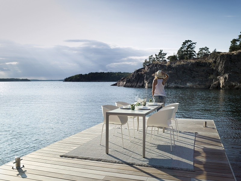 dining furniture,dining room furniture,outdoor dining room,outdoor,outdoor furniture,designer furniture,garden design,design,garden furniture,tribu,hospitality design,hospitality,hotel design,outdoor furniture ideas,designer,Bram Bollen,high end furniture,table and chairs,restaurant furniture,luxury dining room design,luxury dining room,