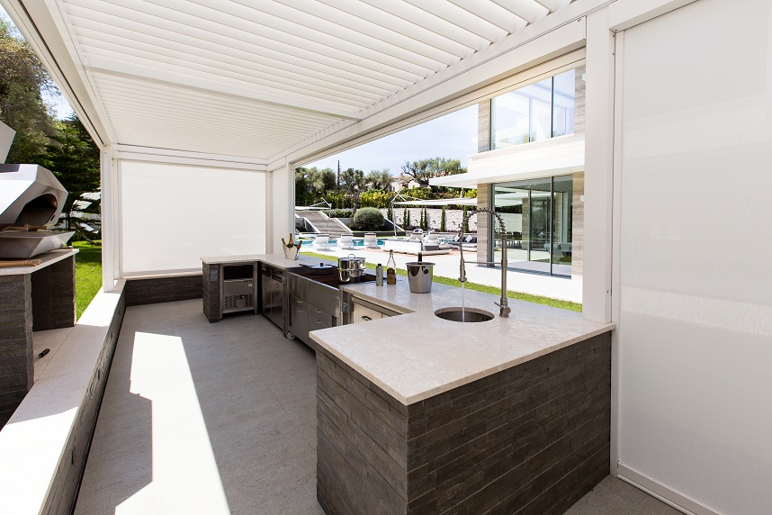 kitchen,kitchen design,luxury kitchen ideas,outdoor kitchen,outdoor cooking,bioclimatic pergola,outdoor furniture ideas,landscape design,KE Shading Systems,luxury homes,luxury homes france,french riviera luxury homes,french riviera luxury villas,french riviera villas,the french riviera,cap d'antibes,