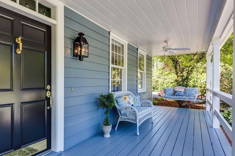 seating ideas for small front porch,garden and porch decor,porch design for home,outdoor decor in blue,design ideas for front porch,