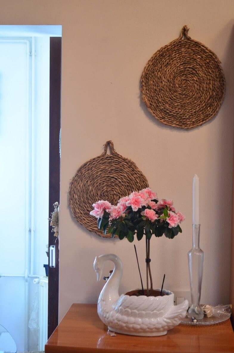swan home decor,dekoracije od ratana,prirodni materijali dizajn interijera,rattan wall decoration,rattan round placemats,