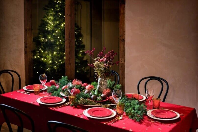 Natural And Traditional Holiday Dining Table Décor Archi Living Com