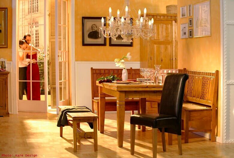 romantic couple photos,romantic design style,traditional kitchen images,wood dining table set,chandelier in dining room,