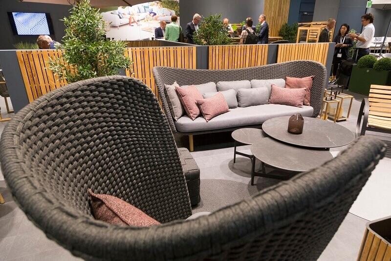 outdoor design trends 2019,top luxury outdoor furniture brands,terrace design ideas,garden seating trends,outdoor armchair set,