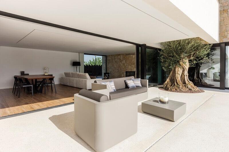 outdoor design sofa,designer outdoor furniture,designer outdoor chair,designer outdoor table,contemporary stone architecture,